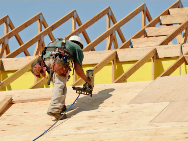 Image of roof being installed in Harrisburg.